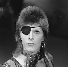 Bowie met ooglapje