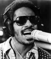 Stevie Wonder midden