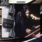 Neil Young hoes Live at Massey Hall
