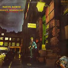 hoes ziggy stardust
