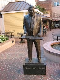 standbeeld Fats Domino