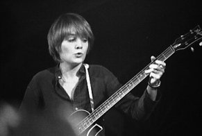 Tina_Weymouth_of_Talking_Heads
