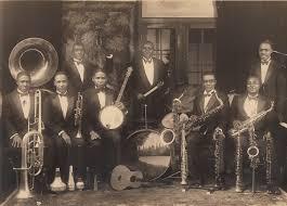 Jazzband met veel koper