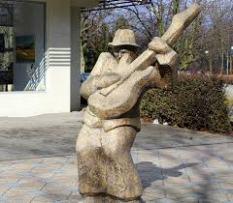 standbeeld popartiest