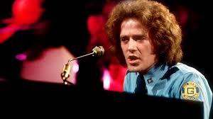 Gilbert O'Sullivan4 met piano