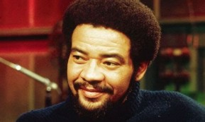 Bill Withers in gesprek glimlach